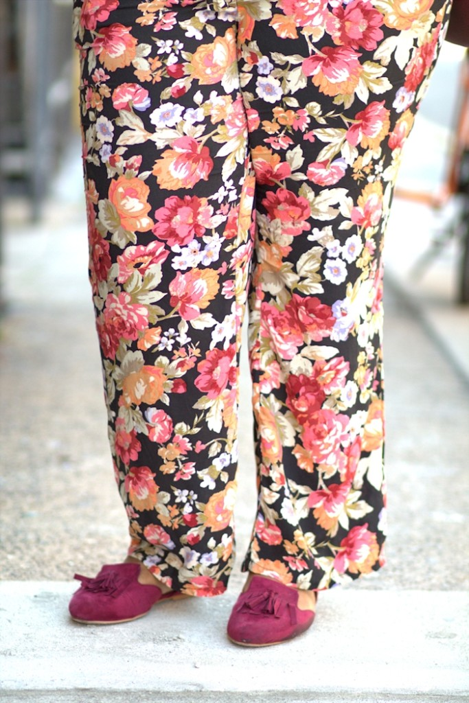 unregisteredstyle-takeira-100117-floral-pants-04