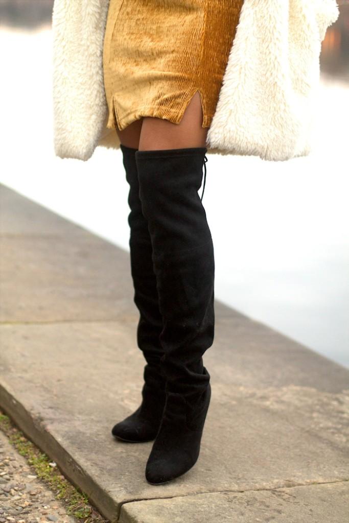 unregisteredstyle-alvi-122117-fur-jacket-02