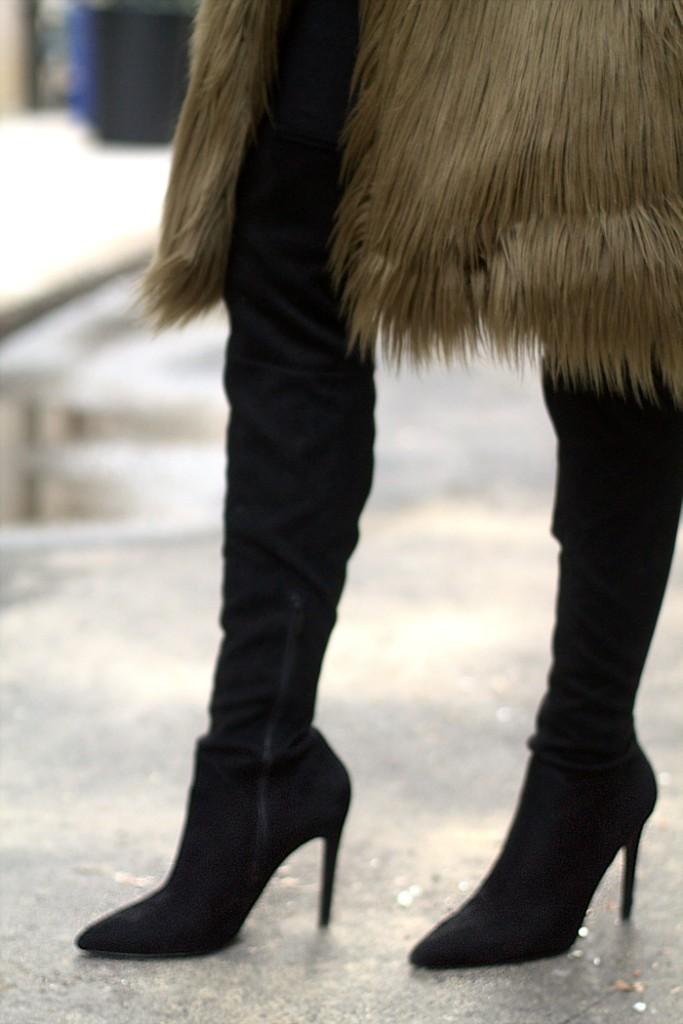 unregisteredstyle-robyn-122417-fur-jacket-03